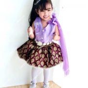 ชุดไปงานเด็ก ชุดไทยเด็ก ชุดไทยประยุกต์ ร้านขายชุดไทยเด็ก เสื้อผ้าไหม มีซับใน กระโปรงลายไทย ฟูฟ่อง สวยงาม สวมใส่สบาย มีไว้ใส่ไปงานต่างๆ